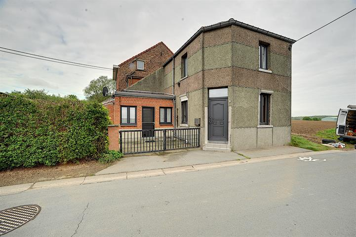 House - Tubize Saintes - #3750032-0